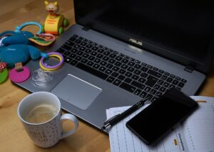 work or family? employee choices - Covid